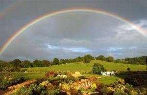 free-wallpaper-desktop-wallpaper-rainbow-farmland-mick-y-picture